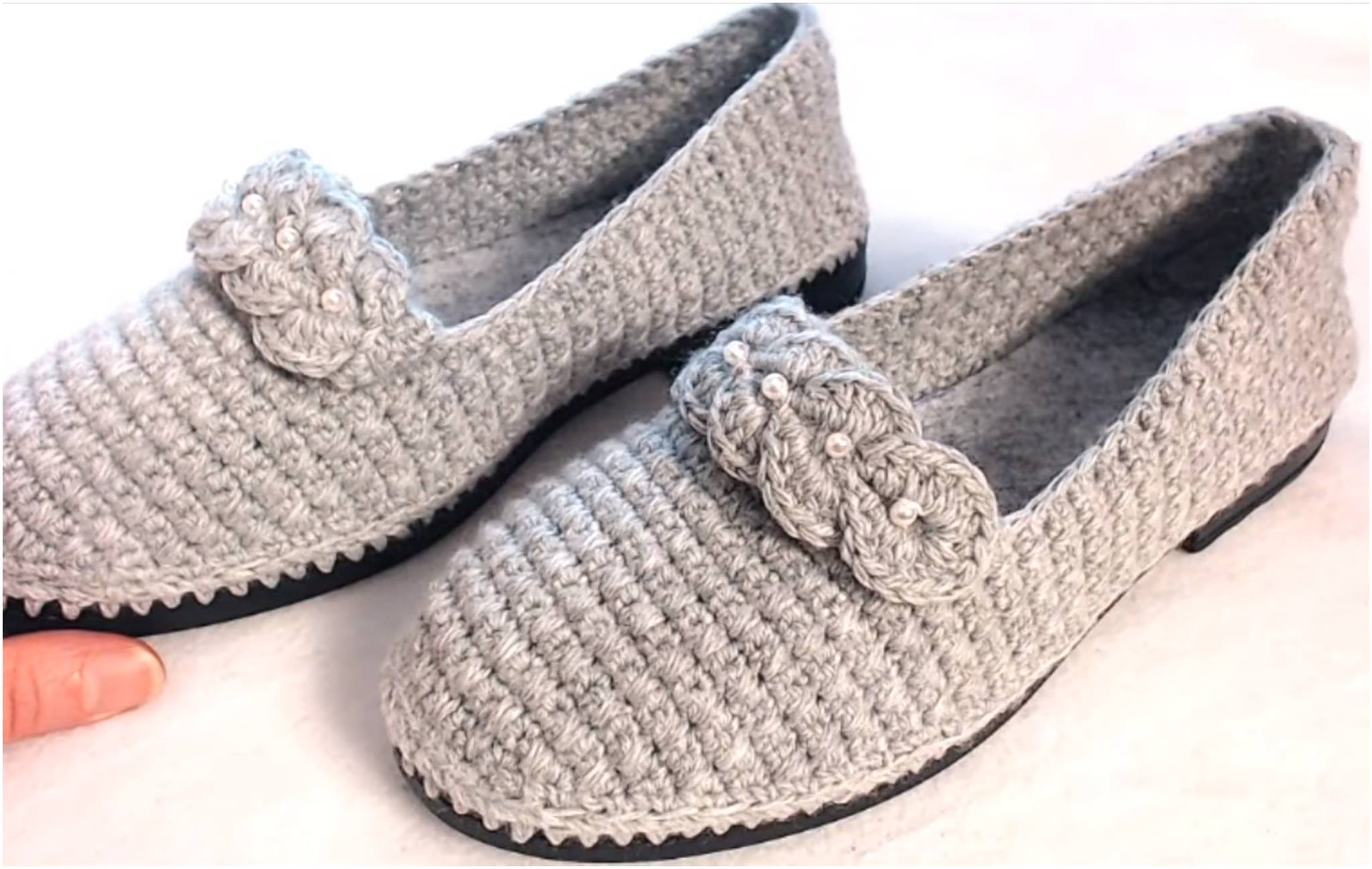 Crochet Women's Shoes On Soles