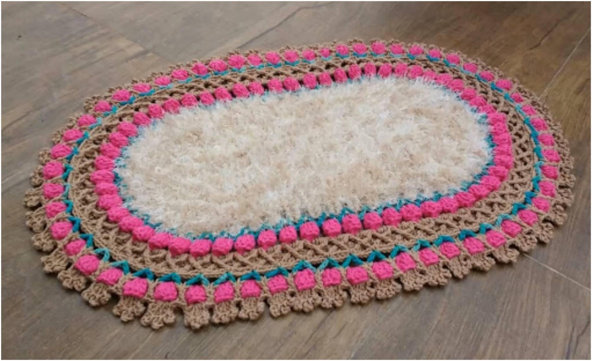Crochet Tulip Stitch Oval Rug - Yarnandhooks