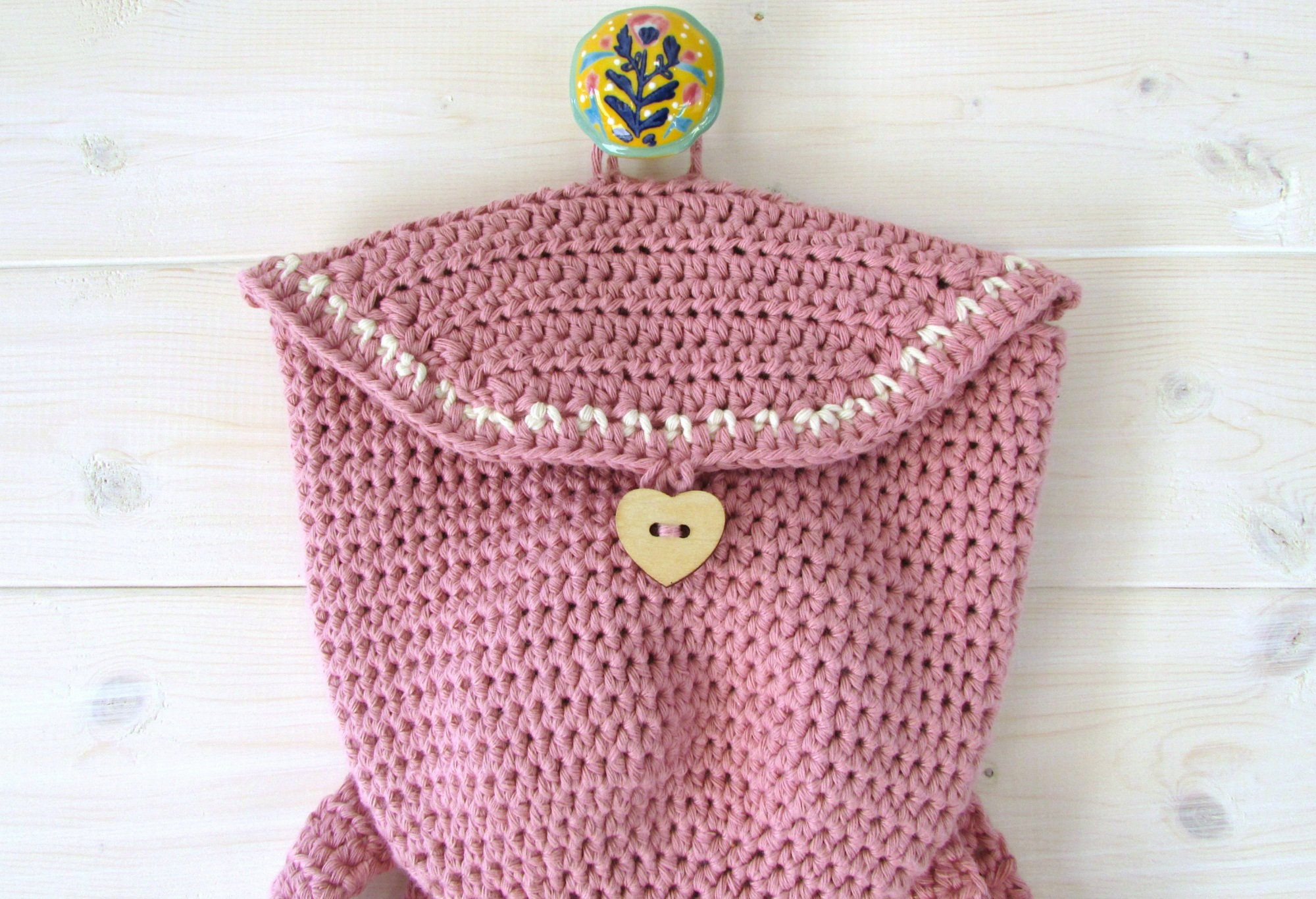 Backpack With Heart Button Crochet Tutorial