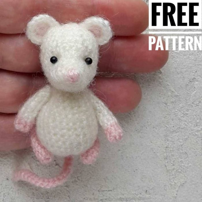11 Free Crochet Mouse Patterns For Beginners | 700x700