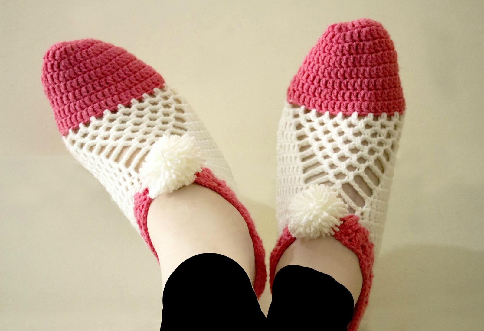 Easy To Make Cluster Crochet Slippers