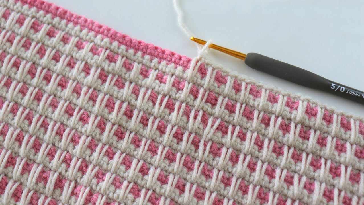 How To Crochet Reversible Spikes and Blocks Stitch