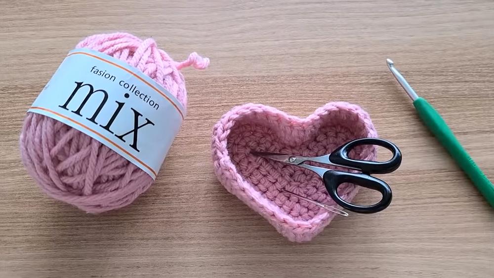 Crochet Mini Heart Basket or Bowl