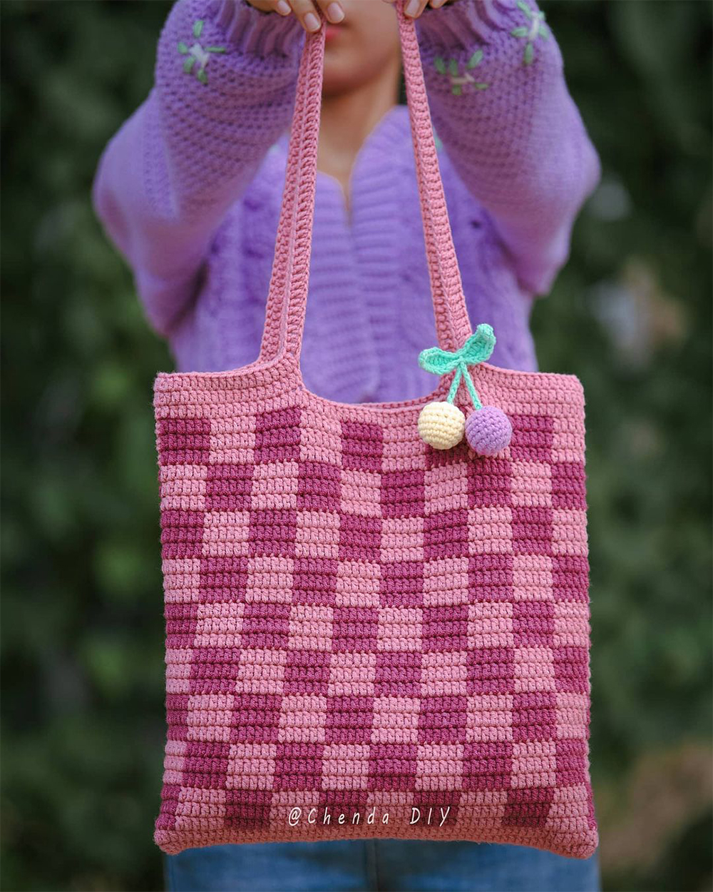 Crochet Checkered Tote Bag